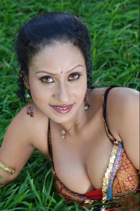 telugu-actress-hot-pics_1493186635230.jpg