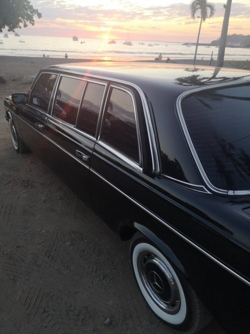 SUNSET-BEACH-LIMO-COSTA-RICA.jpg